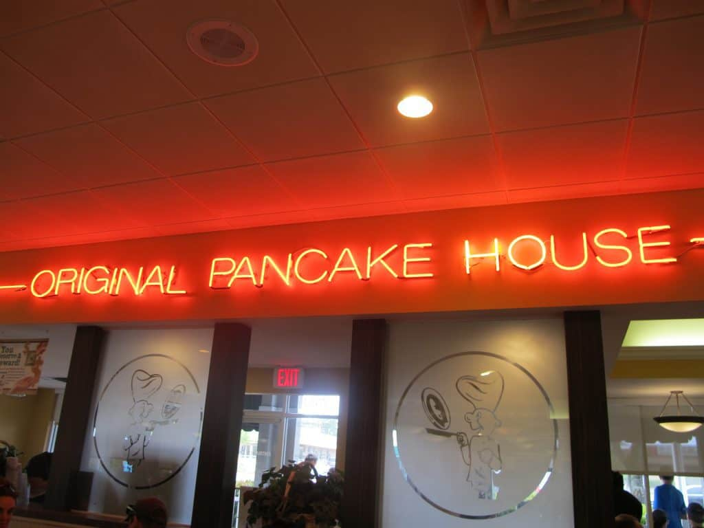 This Original Pancake House gluten free guide covers how to order safely from a gluten free menu (that includes pancakes and crepes) at 100+ locations! #originalpancakehouseglutenfree #glutenfreeoriginalpancakehouse #originalpancakehousereview
