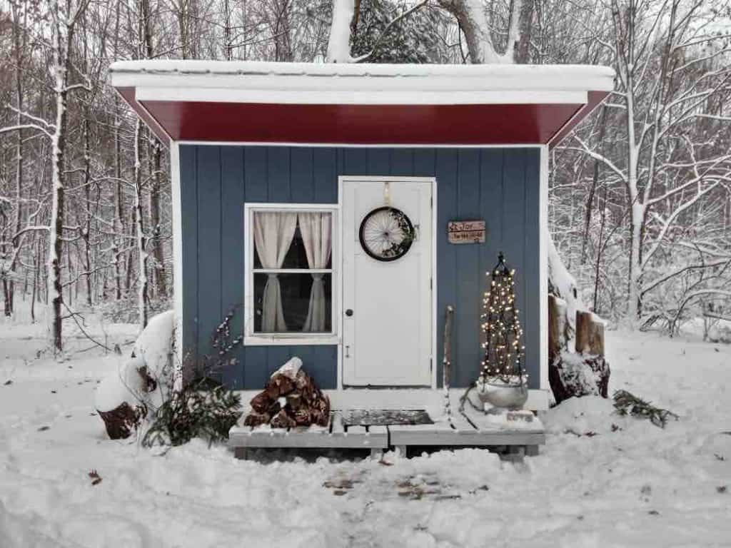 A tiny house in winter