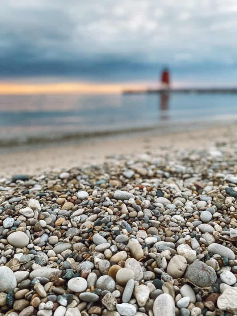 Check out this complete guide to gluten free Charlevoix Michigan! Includes Charlevoix's top 10 gluten free restaurants that are safe for celiacs. Michigan | USA | United States of America | Travel Destinations | Charlevoix Michigan | Charlevoix | Gluten Free Travel | Gluten Free | Local Guide | Wanderlust