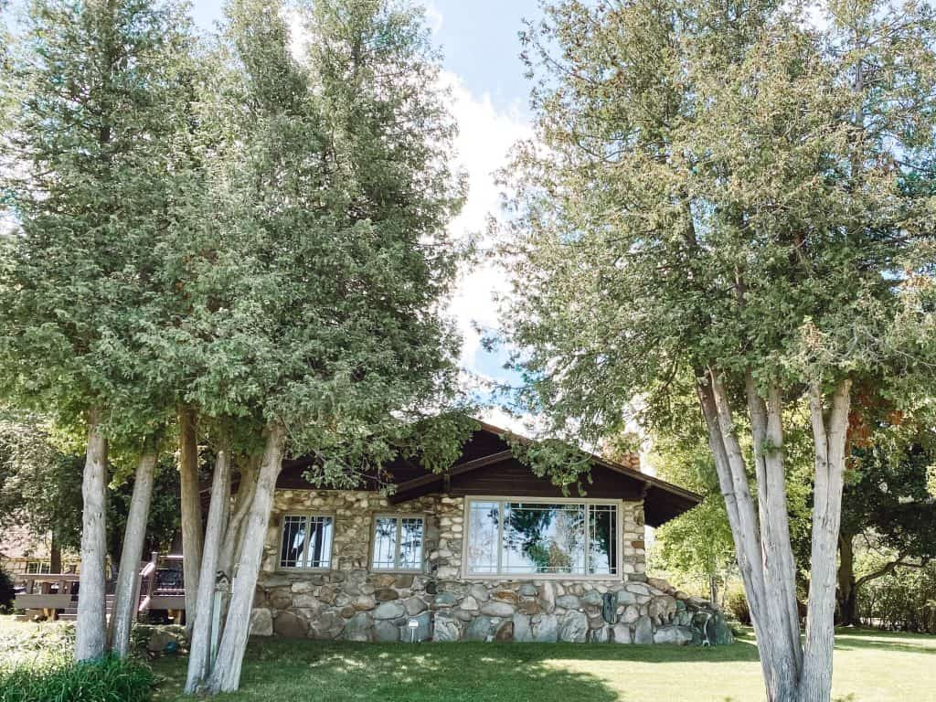 Boulder Cottage - Mushroom House for rent in Charlevoix, Michigan