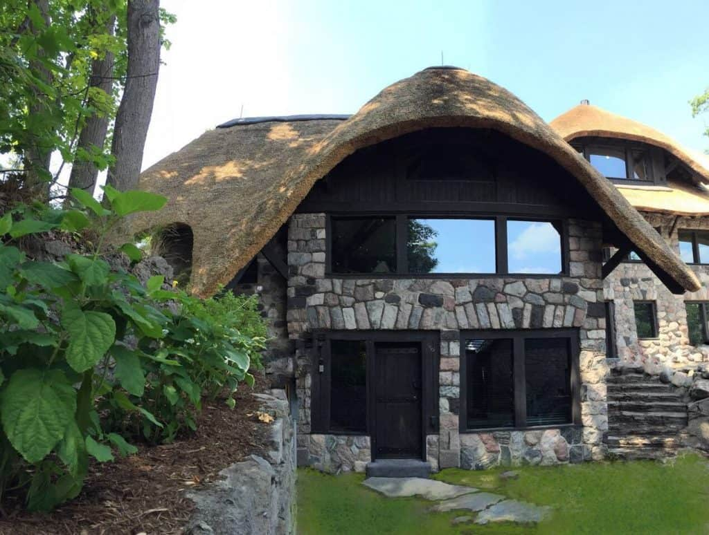 A Charlevoix Hobbit Home available for vacation rental!