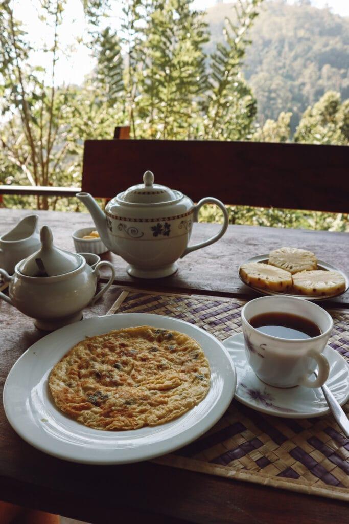 omelette and coffee overlooking ella gap in sri lanka
